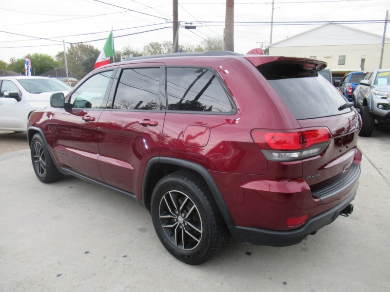 Jeep Grand Cherokee 2017 price $4,495