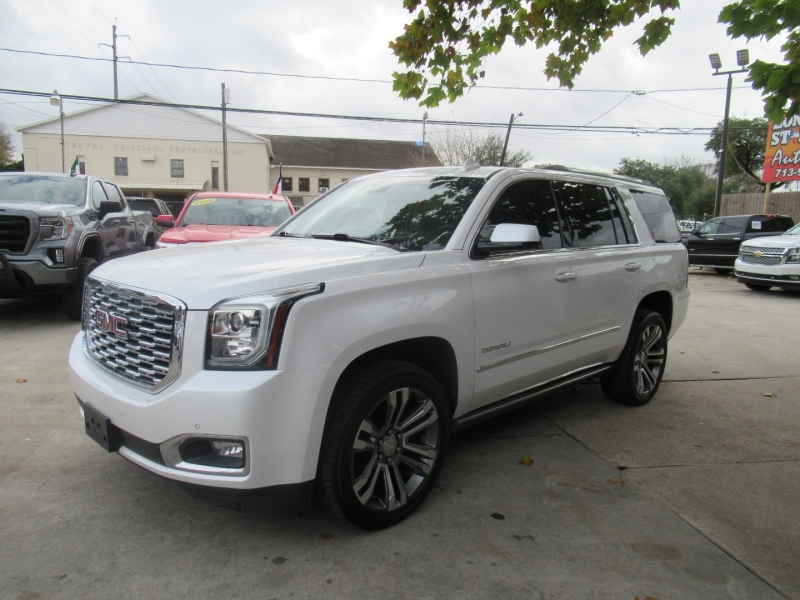 GMC Yukon 2018 price $7,495