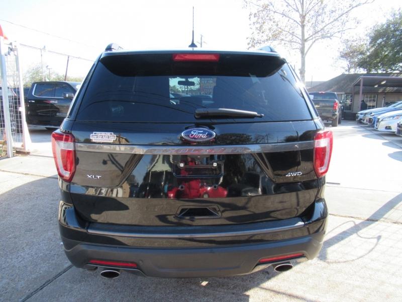 Ford Explorer 2018 price $4,495