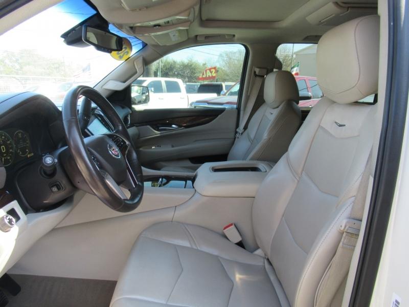 Cadillac Escalade ESV 2015 price $5,995