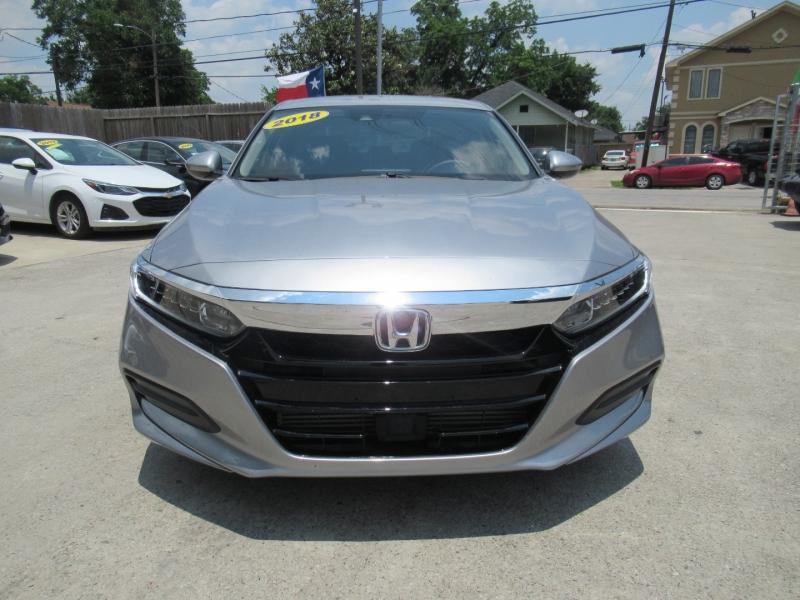Honda Accord Sedan 2018 price $4,495