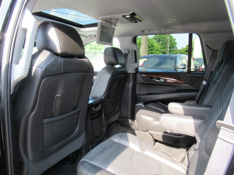 Cadillac Escalade 2017 price $7,995