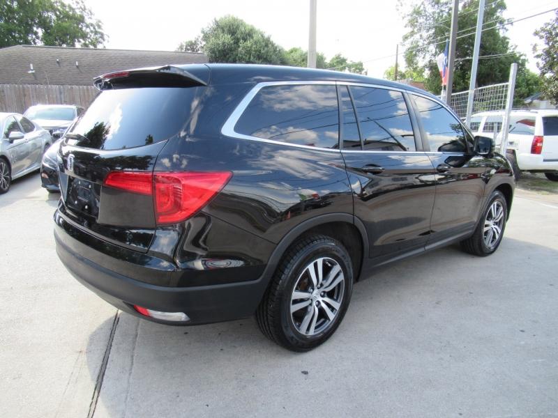 Honda Pilot 2018 price $4,995