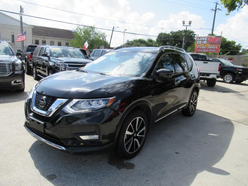 Nissan Rogue 2019 price $3,995