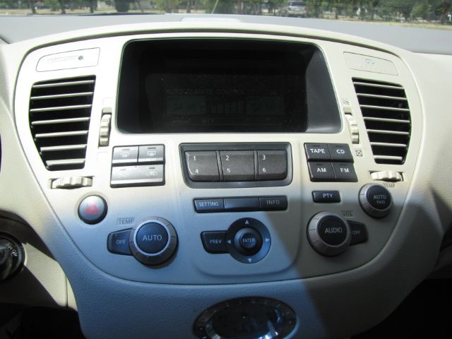 Infiniti Q45 2002 price $4,000