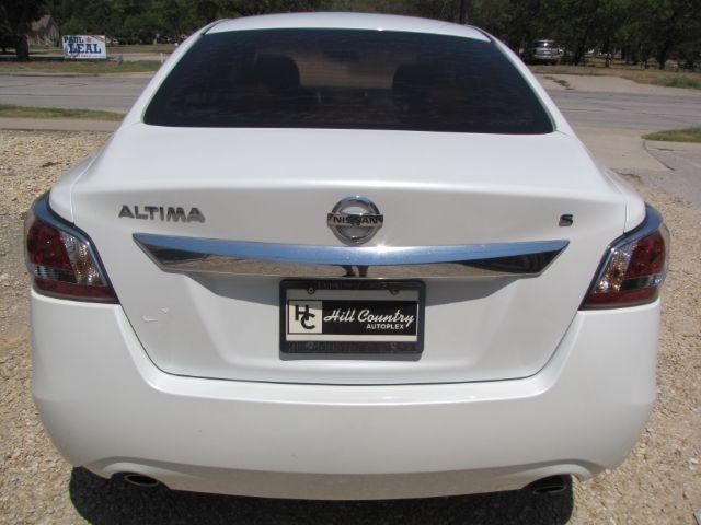 Nissan Altima 2015 price $16,000