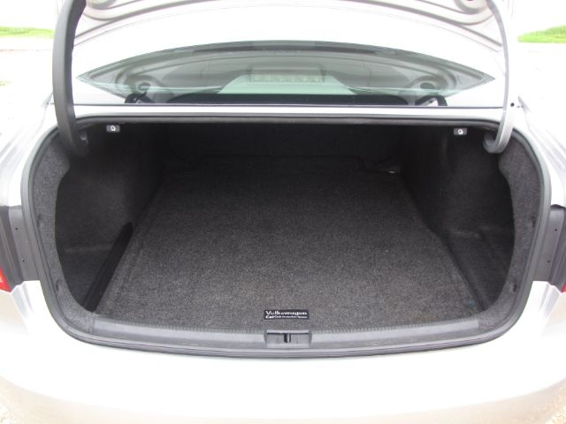 Volkswagen Passat 2012 price $8,000