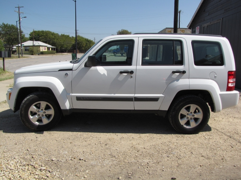 Jeep Liberty 2012 price $7,000