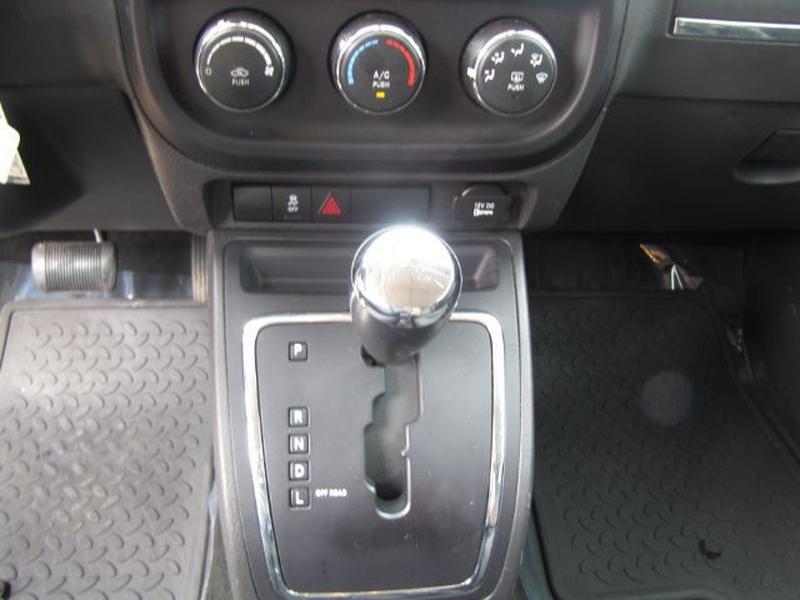 Jeep Compass 2013 price $8,000 Cash