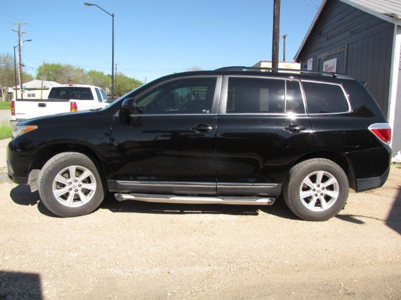 Toyota Highlander 2011 price $15,999 Cash