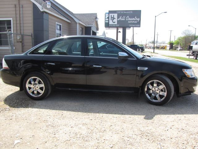 Ford Taurus 2008 price $5,999 Cash