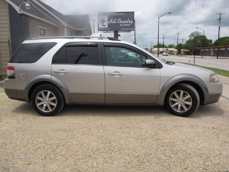 Ford Taurus X 2008 price $6,000 Cash