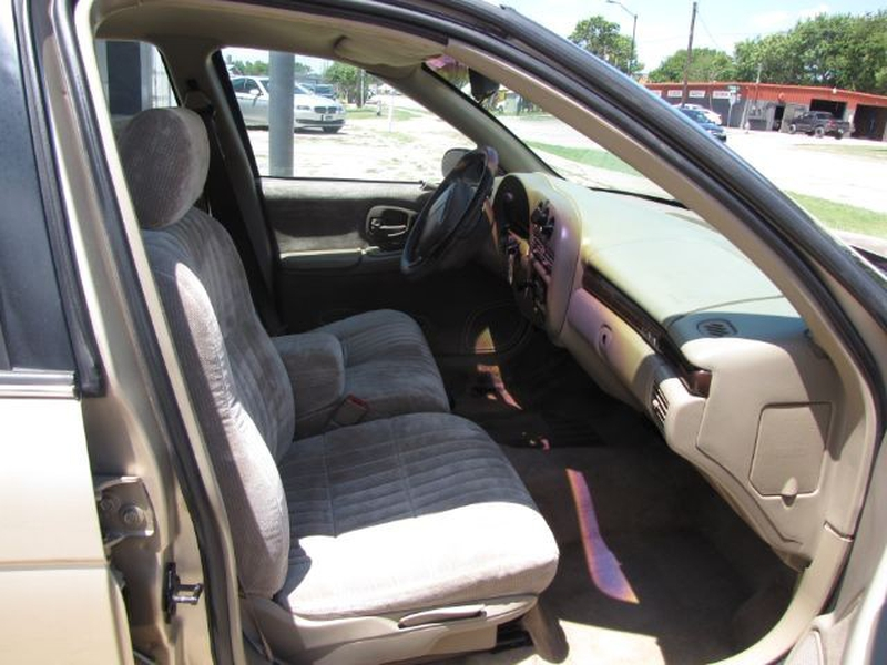 Chevrolet Lumina 1999 price $3,000 Cash