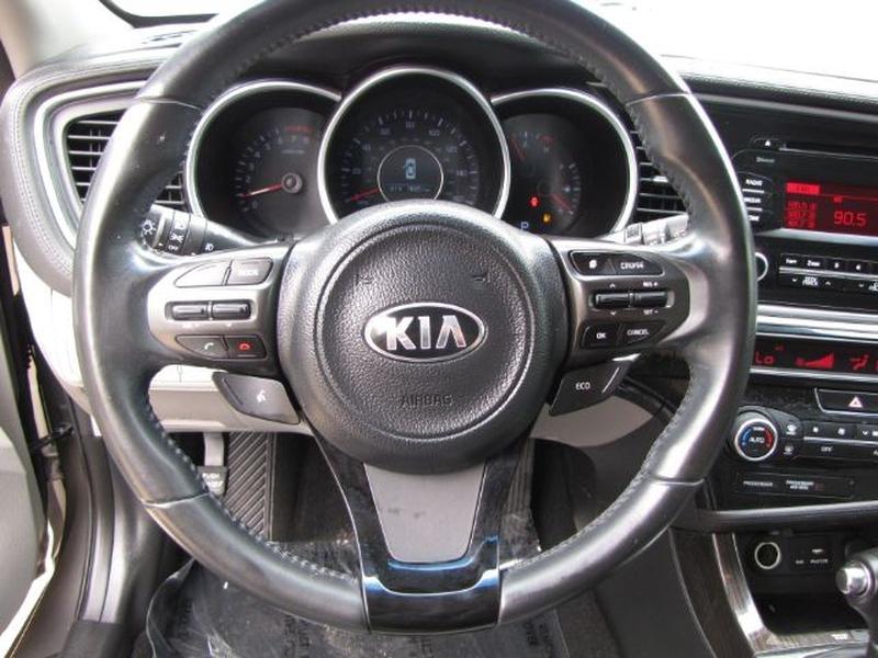 Kia Optima 2015 price $15,000 Cash