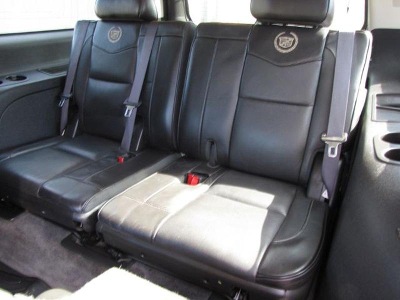 Cadillac Escalade ESV 2012 price $20,000 Cash