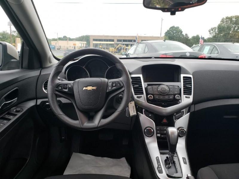 Chevrolet Cruze 2016 price $13,500 Cash