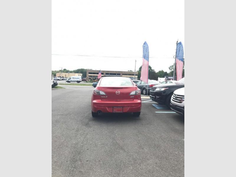 Mazda 3 2013 price $9,000 Cash