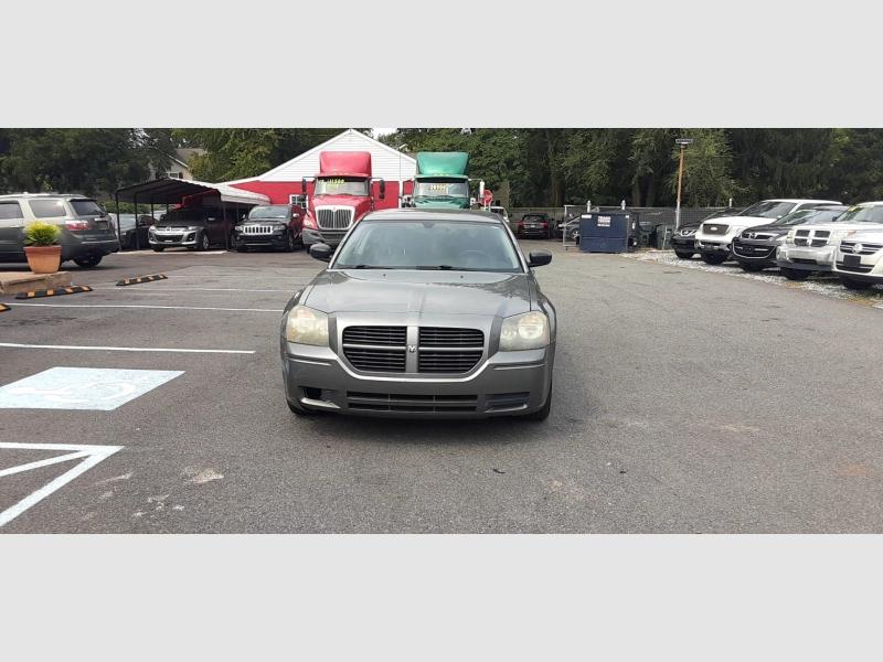 Dodge Magnum 2005 price $2,500 Cash