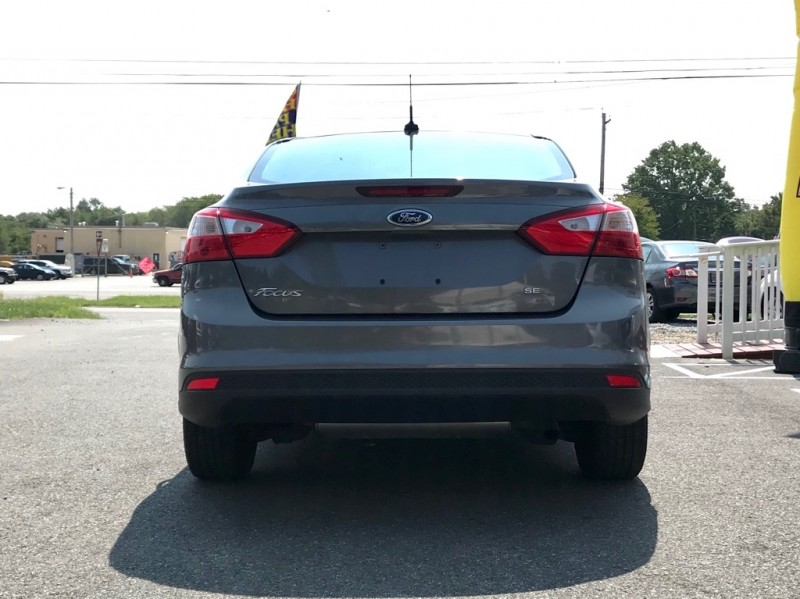 Ford Focus 2012 price $3,000 Down