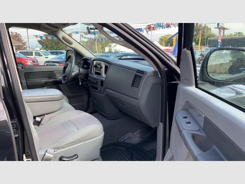 Dodge Ram 1500 2007 price $11,900 Cash