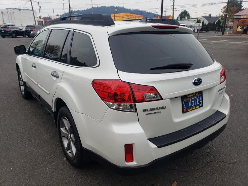 Subaru Outback 2014 price $17,995