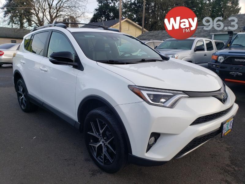 Toyota RAV4 2017 price $18,995