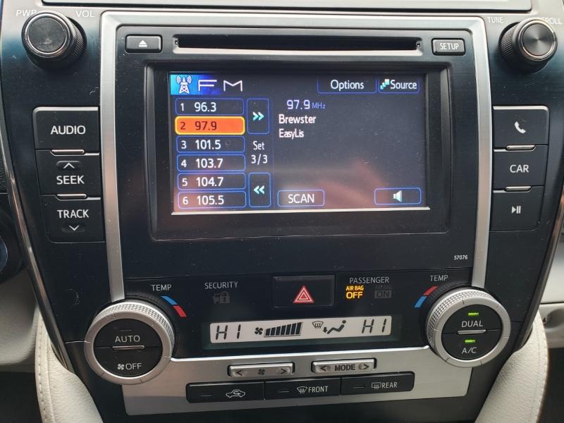 Toyota Camry Hybrid 2013 price $9,995