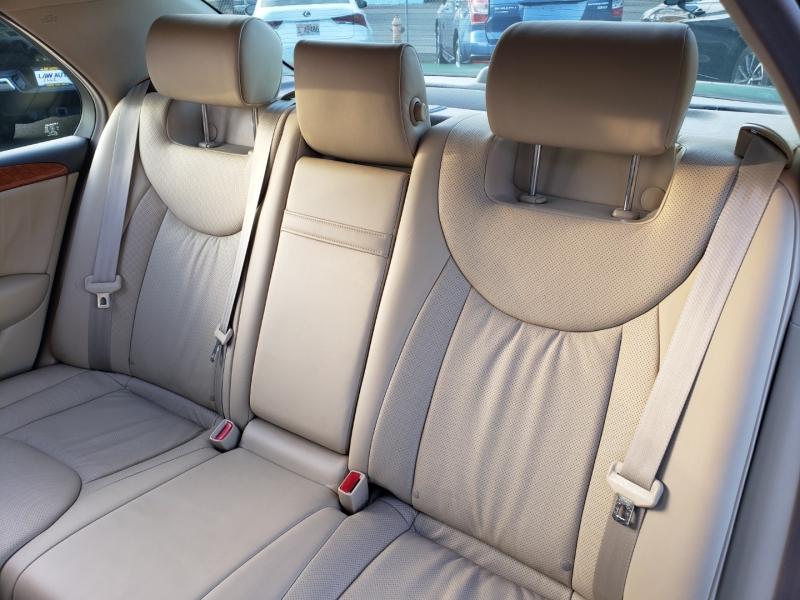 Lexus LS 430 2005 price $14,995