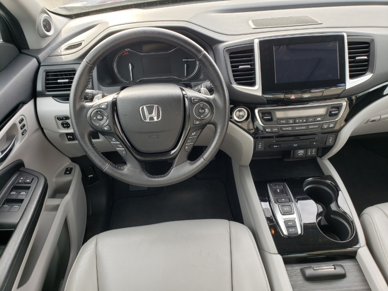 Honda Pilot 2016 price $28,495