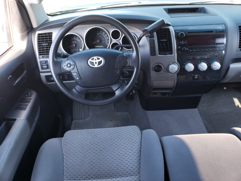 Toyota Tundra 2010 price $25,995