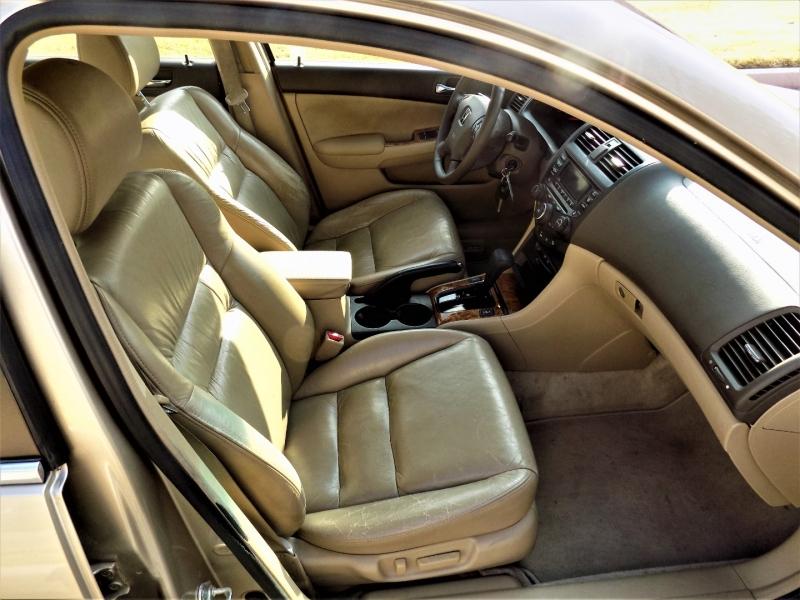 Honda Accord Sdn 2004 price Call For Price