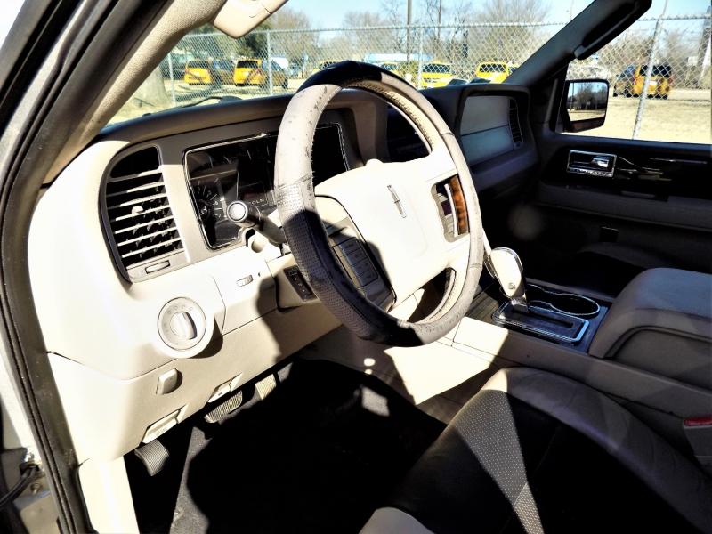 Lincoln Navigator L 2008 price Call For Price