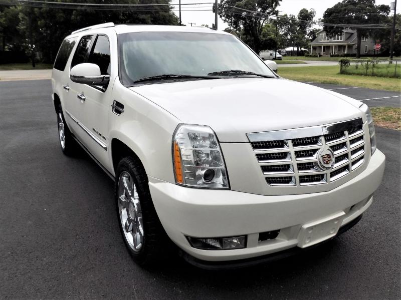 Cadillac Escalade ESV 2011 price CALL FOR PRICE