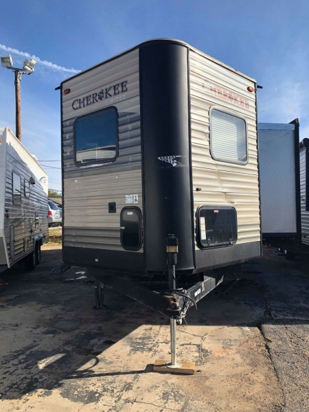CHEROKEE 274VFK 2017 price Call for Pricing.