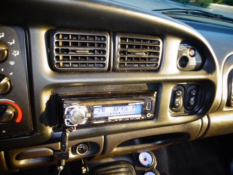 Dodge Ram 3500 2000 price $12,850
