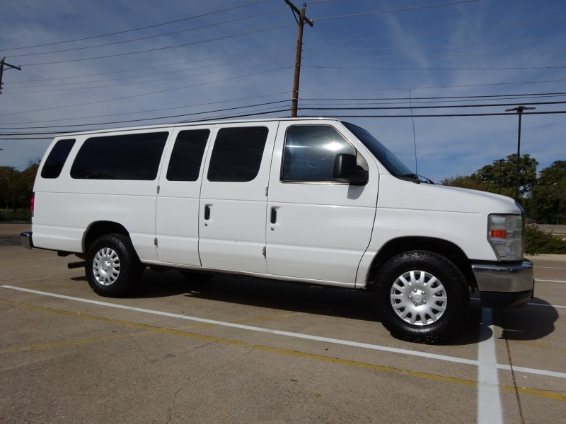 Ford Econoline Wagon 2011 price $9,950