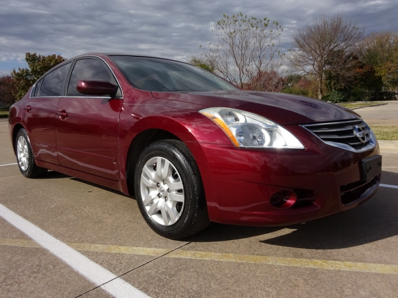 Nissan Altima 2011 price $4,495