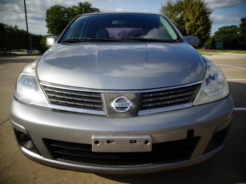 Nissan Versa 2009 price $2,995