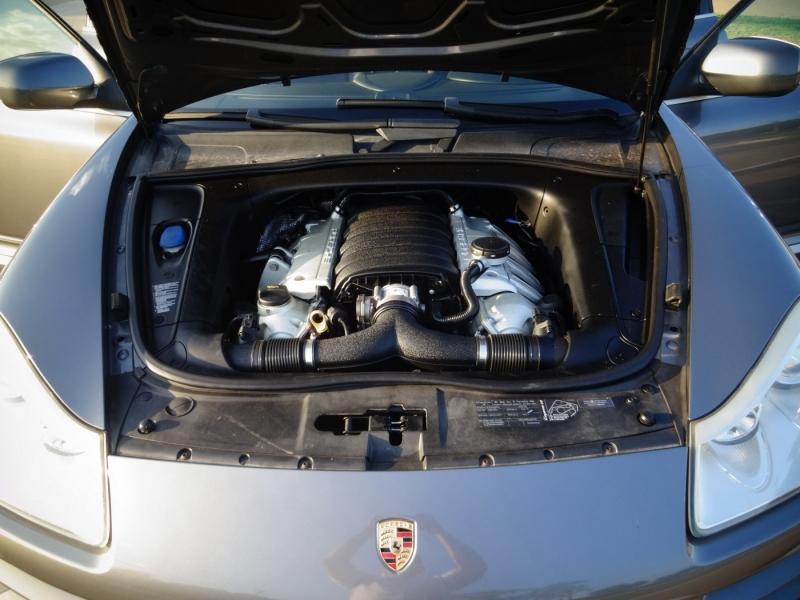 Porsche Cayenne 2008 price $10,900