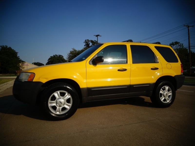 Ford Escape 2003 price $3,900