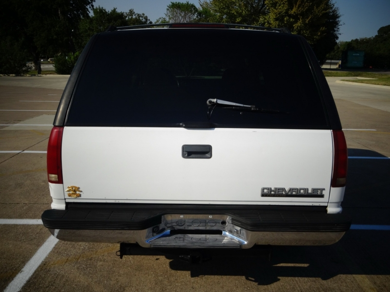 Chevrolet Tahoe 1997 price $2,995