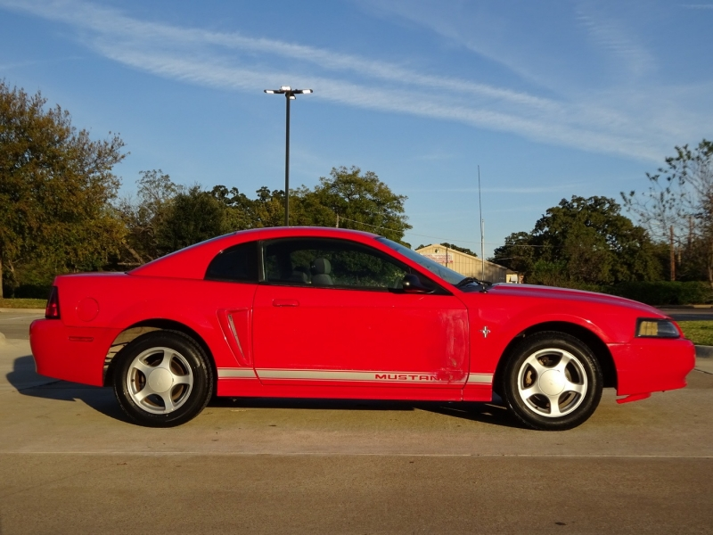 Ford Mustang 2002 price $3,250