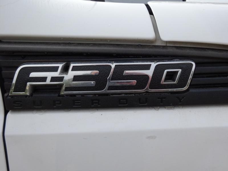 Ford Super Duty F-350 SRW 2011 price $16,950