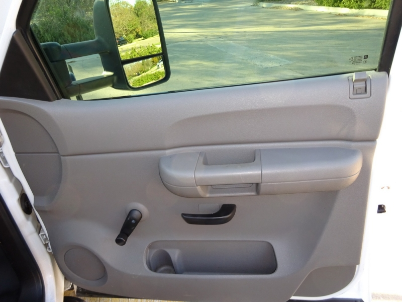 Chevrolet Silverado 2500HD 2007 price $10,900
