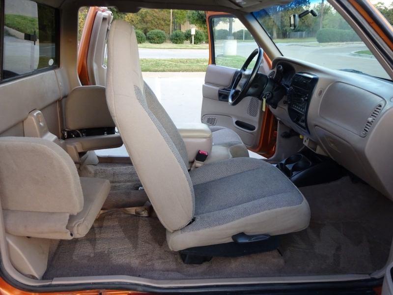 Ford Ranger 2000 price $5,995