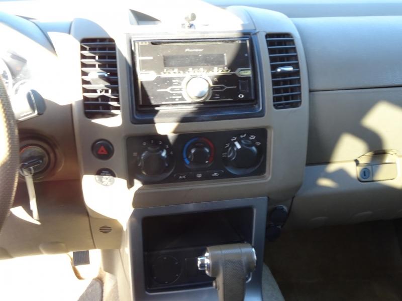 Nissan Pathfinder 2005 price $3,895