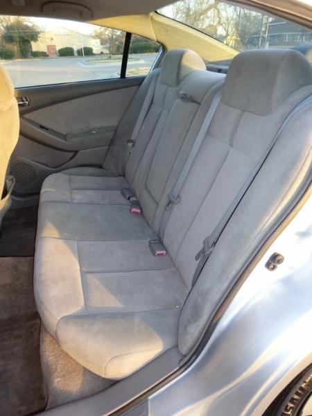 Nissan Altima 2008 price $2,950