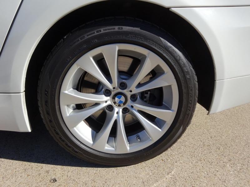 BMW 5-Series 2010 price $10,995