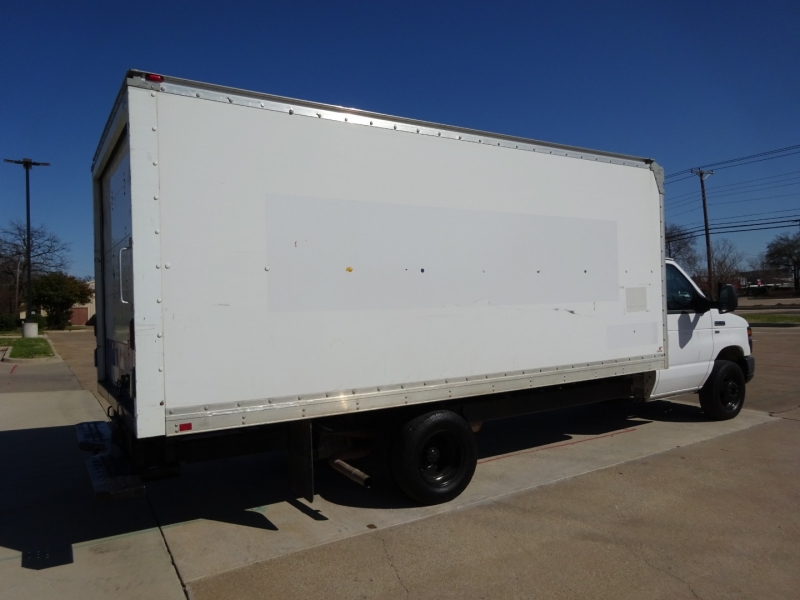 Ford Econoline Commercial Cutaway 2013 price $17,950