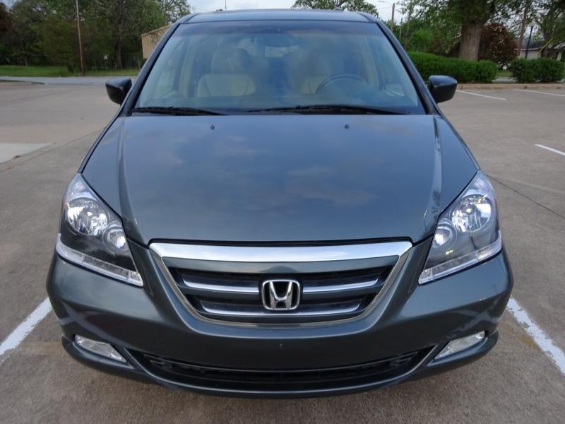 Honda Odyssey 2005 price $4,900